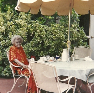 Walton at the Arizona Inn, Tucson. 1994